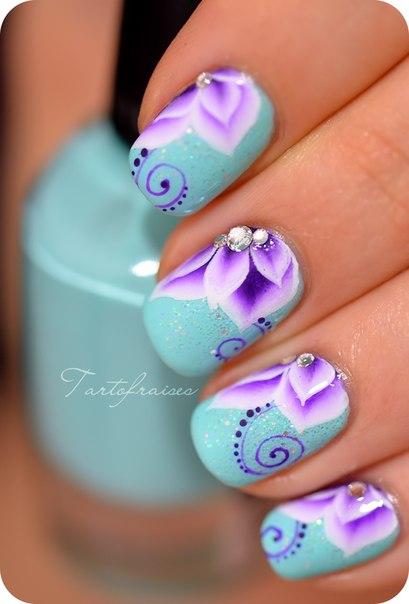 Chinese nail painting