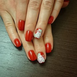 Chinese nails painting photo