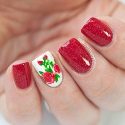 Manicure in red colors photo