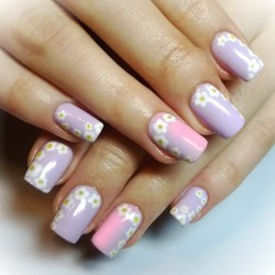 Nails with flowers photo