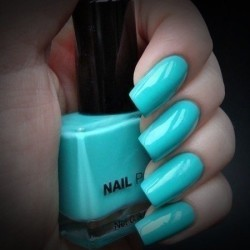 Solid nails photo