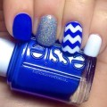 White-dark blue nails