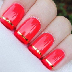 Nails with stripes photo