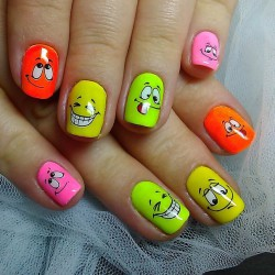 Smiley face nails photo