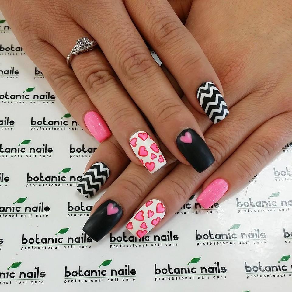 Zigzag nails