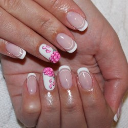 French nails 2016 news photo