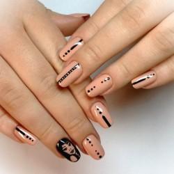 Sport nails photo