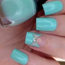 Nails for young ladies photo
