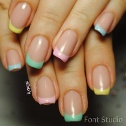 Color french gel nail photo