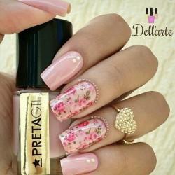 Light pink nails photo