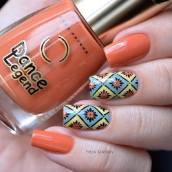 Geometric nails photo