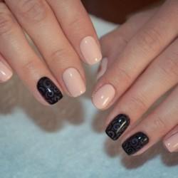 Black shellac nails photo