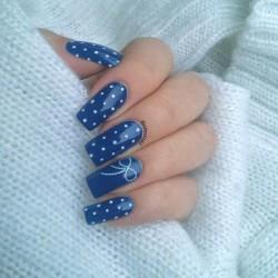 Polka dot nails photo