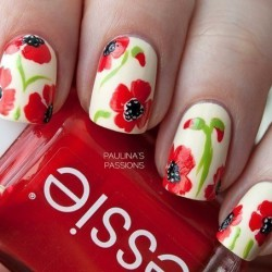 Nails with red flowers photo