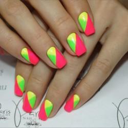 Colorful nails photo