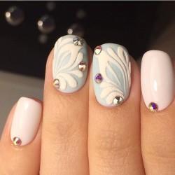 January nails photo