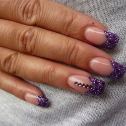 Purple gel polish photo