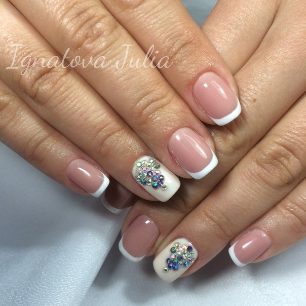 French nails with stones - The Best Images | BestArtNails.com