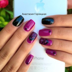 Black and purple nails photo