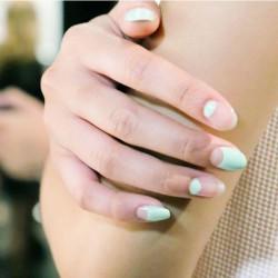Mint nails photo
