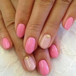 Nude nails photo