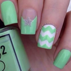 Nails under light green dress photo