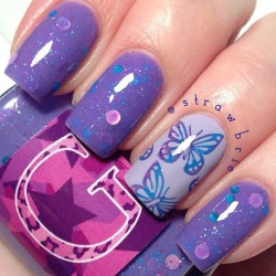 Pale purple nails photo