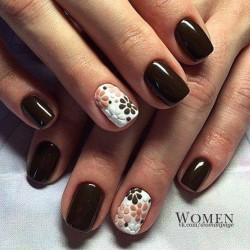 Brown and white nails photo