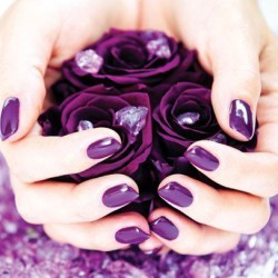 nails under violet dress photo