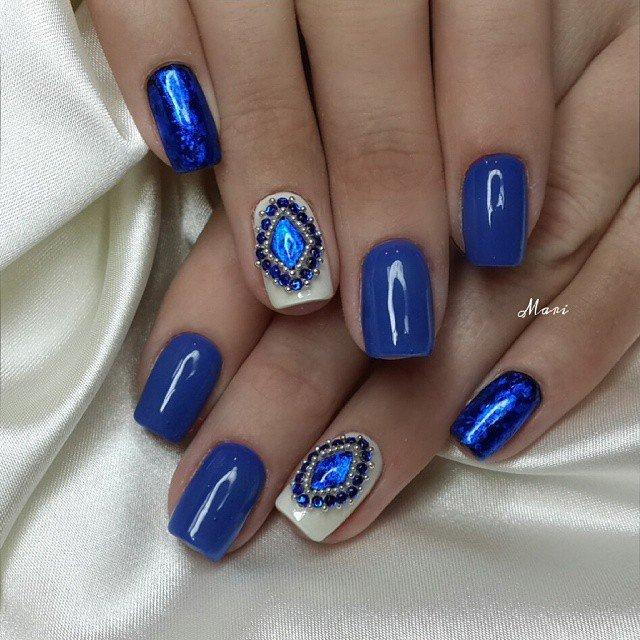 дизайн ногтей синим лаком фото