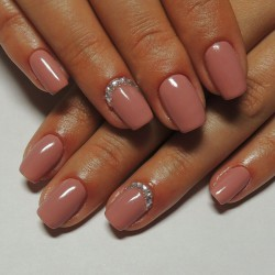 Beige nails 2016 photo