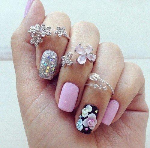 Acrylic nails designs with rhinestone