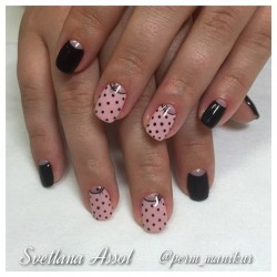 Elegant nails photo