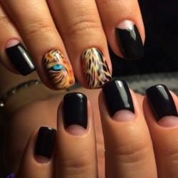 Leopard nails photo