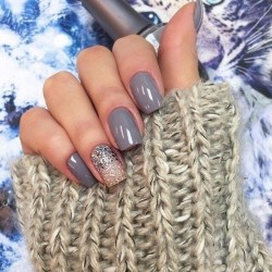 Gray nails photo
