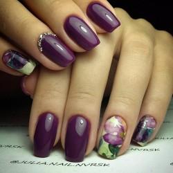 Cherry nails photo