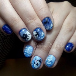 Nails with snowman photo