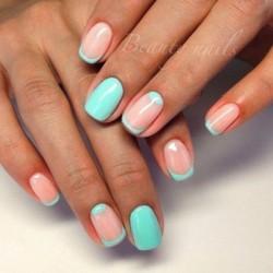 Coral nails photo