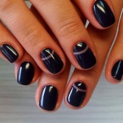Dark nails photo
