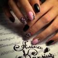 Brignt nails