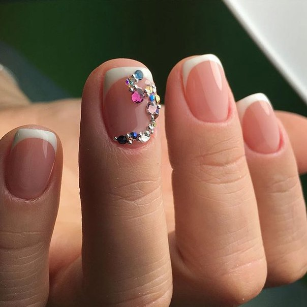 French nails with rhinestones - The Best Images | BestArtNails.com