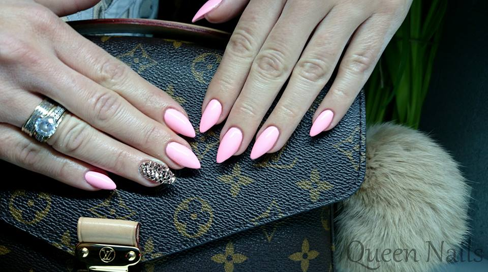 Brilliant nails