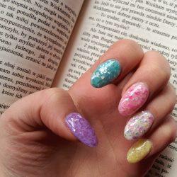 Glitter nails ideas photo