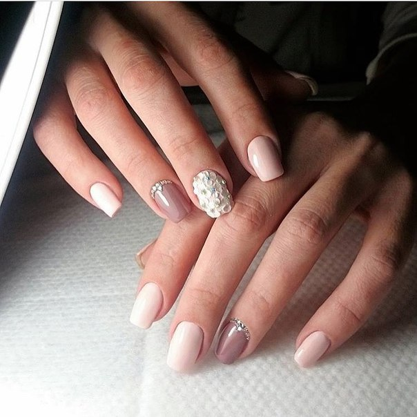 Nail art 1797 best nail art designs gallery for Nageldesign beige gold