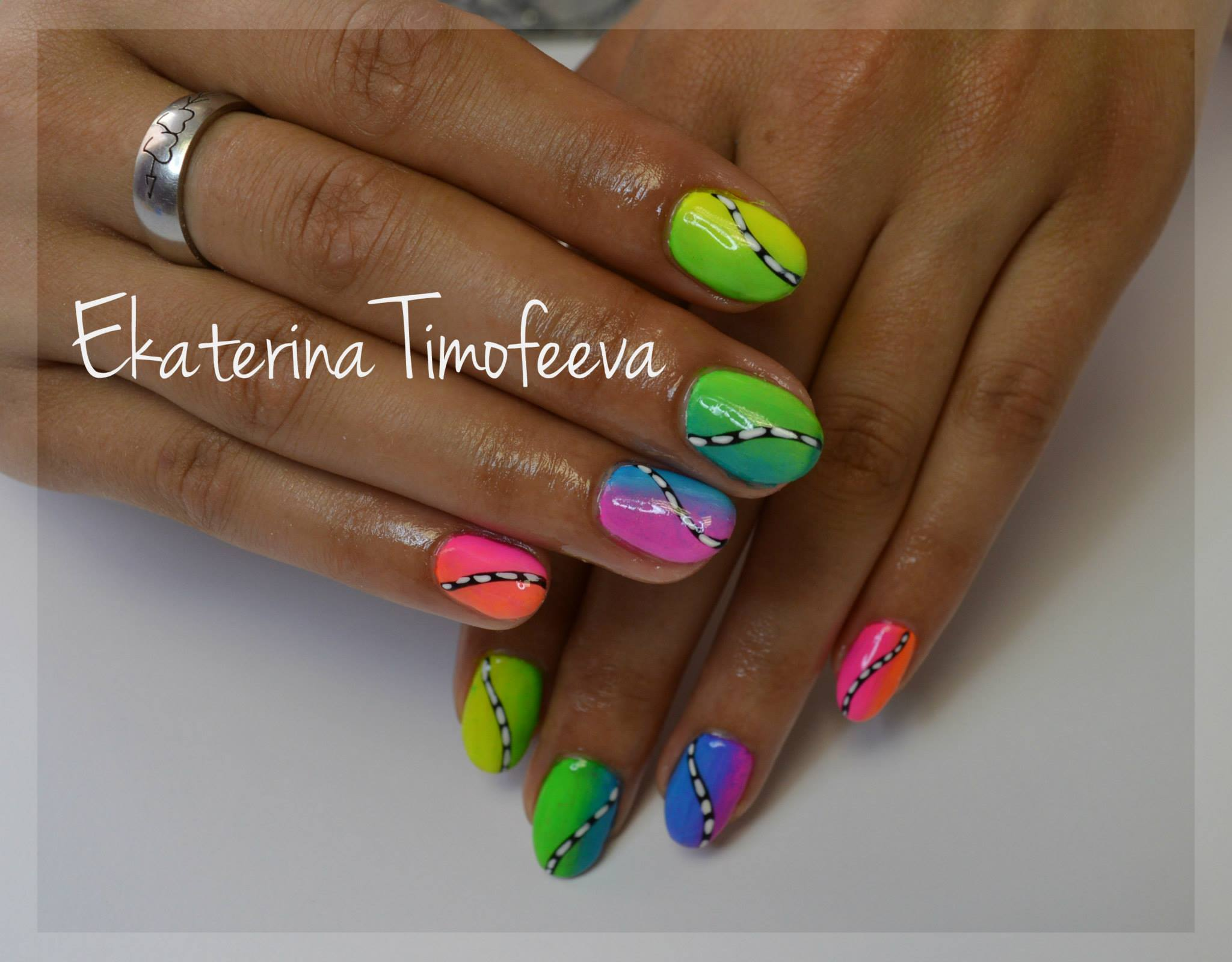 Guest nail art 16 best nail art designs gallery bestartnails neon nails prinsesfo Choice Image