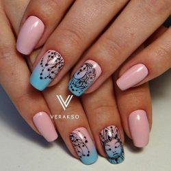 Charming nails photo