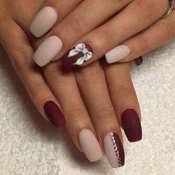 Bow nails photo
