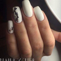 White shellac nails photo