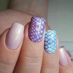 Pearl nails photo