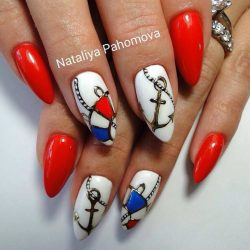 Nautical nails photo